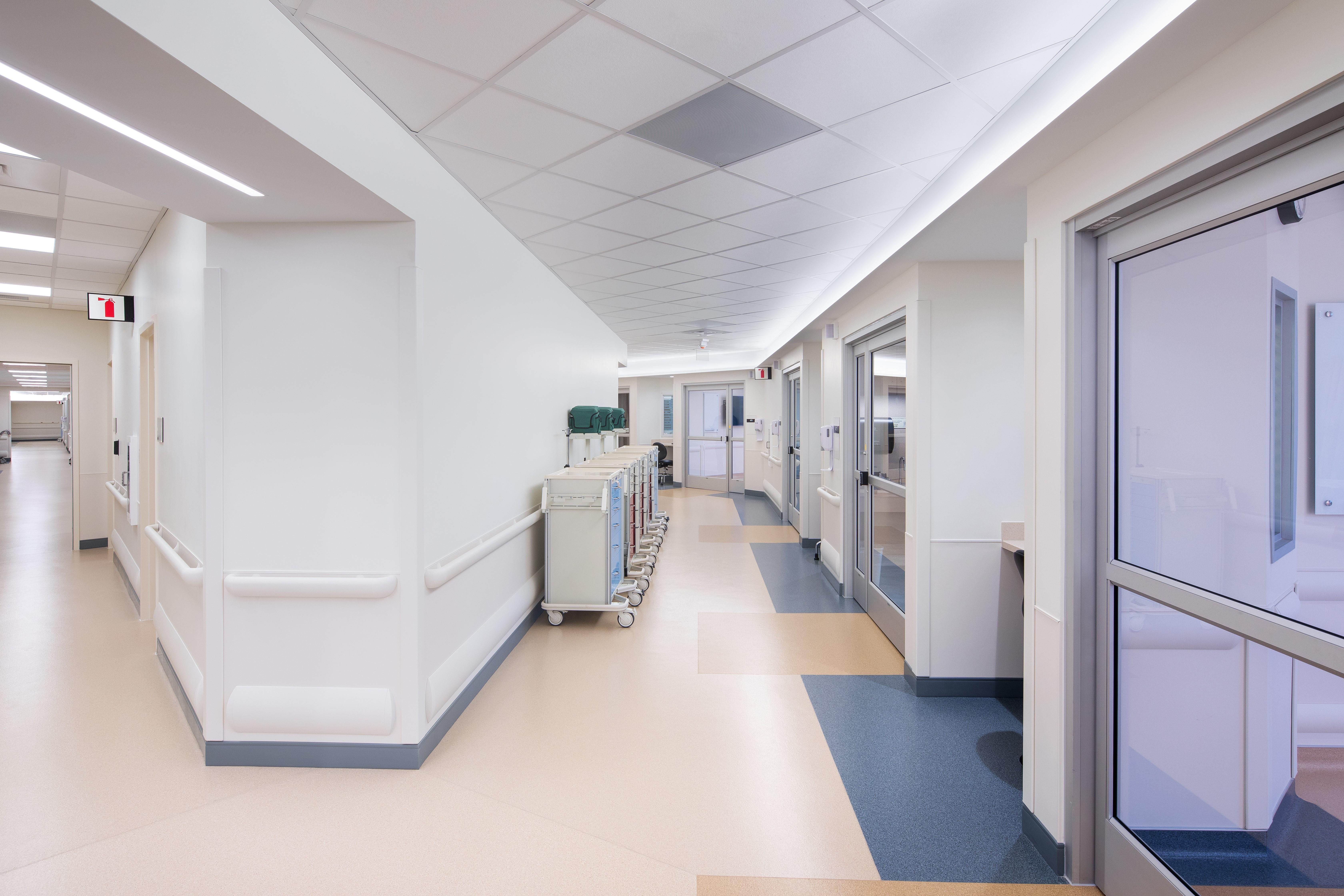 I corridor interior